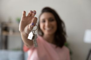 What Does a Renters Insurance Policy Cover? (2021)